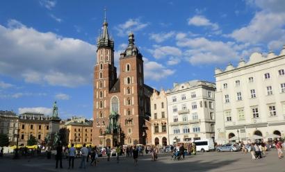 Įmonės steigimas Lenkijoje su Jūsų pavadinimu